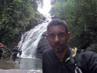 Queda de quase 150 metros na Serra do Mendanha no Rio - Foto: Saulo Valley