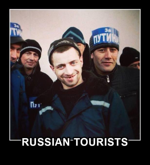 Grupos de Auto-defesa da Criméia importados da Rússia por PUTIN
